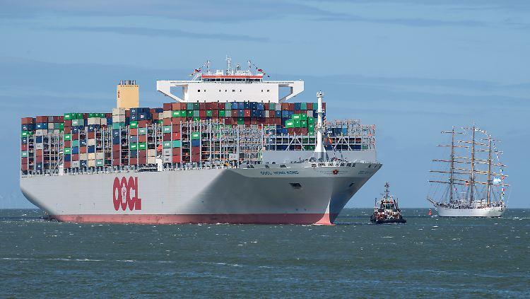 Containerschiff3.jpg