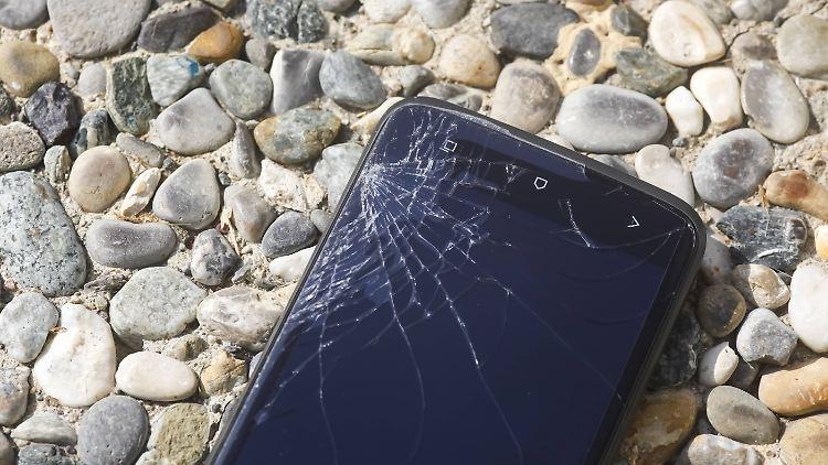 Kaputtes Smartphone.jpg