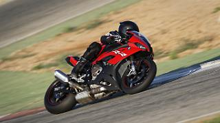 P90327342_highRes_the-new-bmw-s-1000-r.jpg
