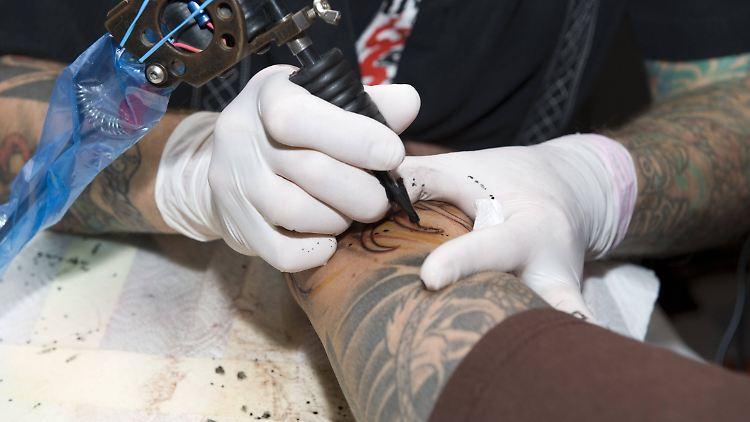 tattoo stellen frau nicht sichtbar