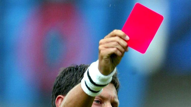 Fussball Zeitreise 24 11 1999 Die Schnellste Rote Karte