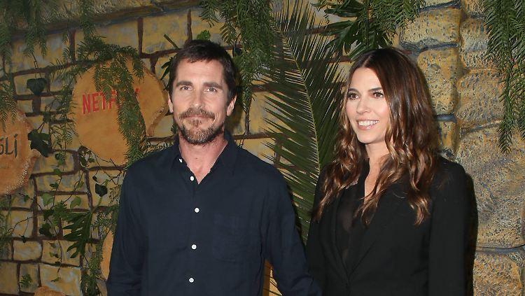 Hollywoods Diät Profi Christian Bale Wieder Schlank Unterwegs N Tvde