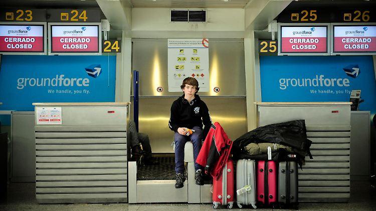Spain_Airport_Closures_AB106.jpg6191282409056992963.jpg