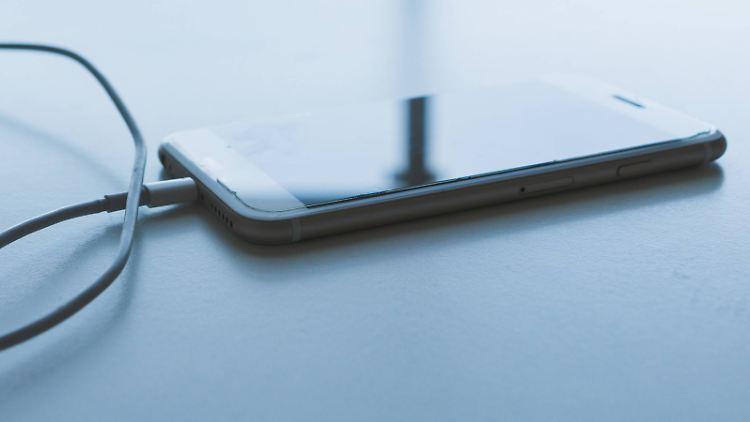 Smartphone über Nacht laden.jpg