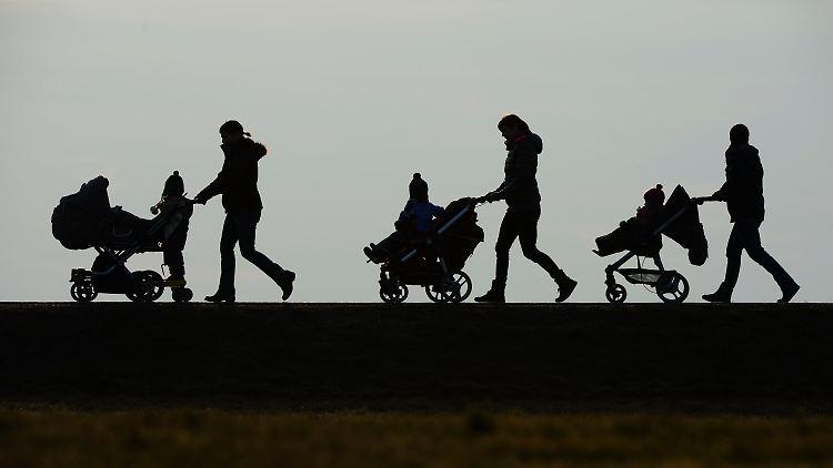 Kindergeld-Rekord: Mehr als 15 Millionen Bezieher - Politik