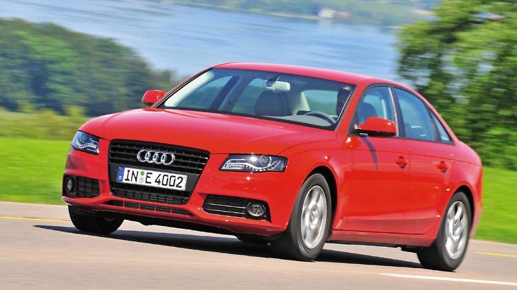 AudiA4041110.jpg