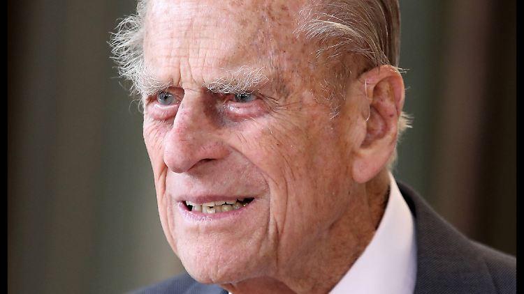 Prinz Philip: Er entschuldigt sich für den Autounfall