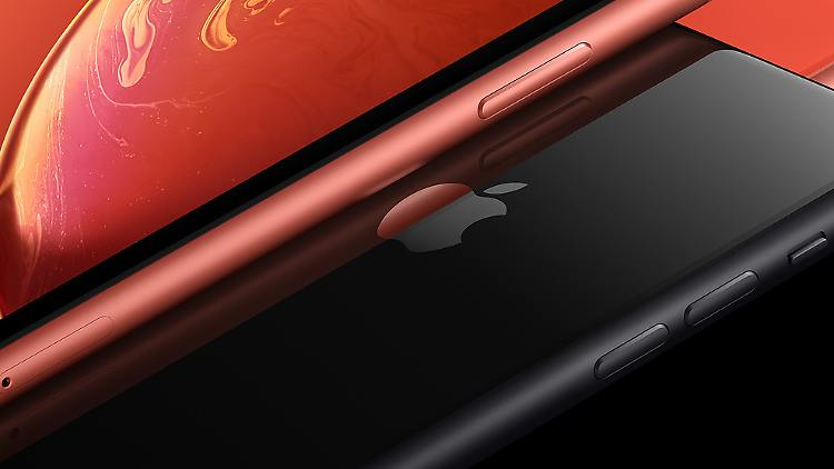 Apple iPhone XR.jpg