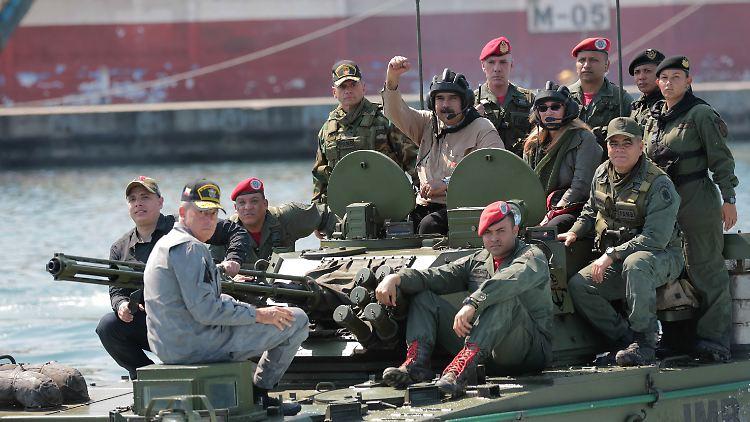 USA fordern Venezuelas Militär erneut zum Überlaufen auf