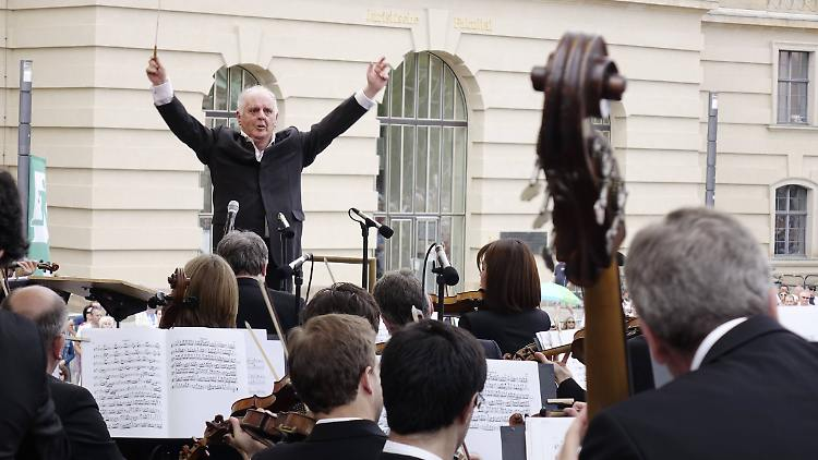 Opernintendant will weitere Gespräche im Barenboim-Konflikt- NÜRTINGER ZEITUNG