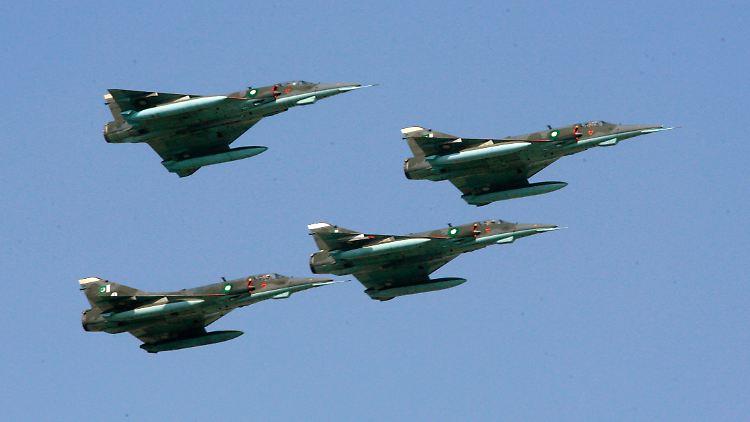 Streit der Atommächte: Indien will Luftangriff in Pakistan geflogen haben