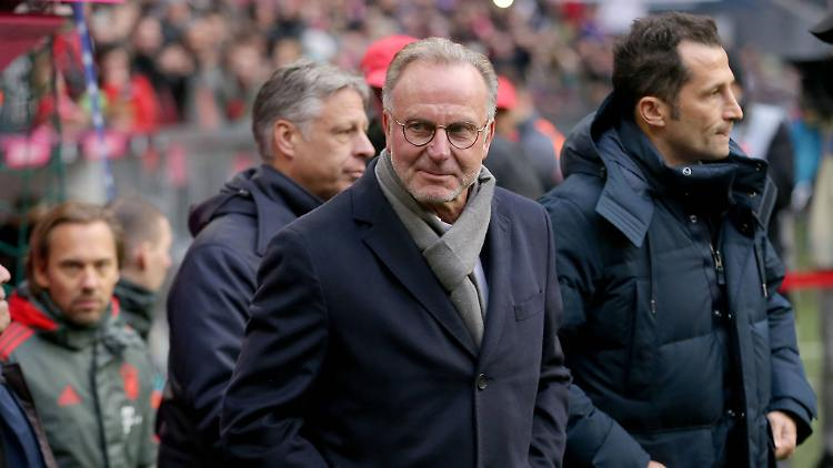 Karl-Heinz Rummenigge (links) und Hasan Salihamidzic sorgen sich um die Ruhe im Klub.
