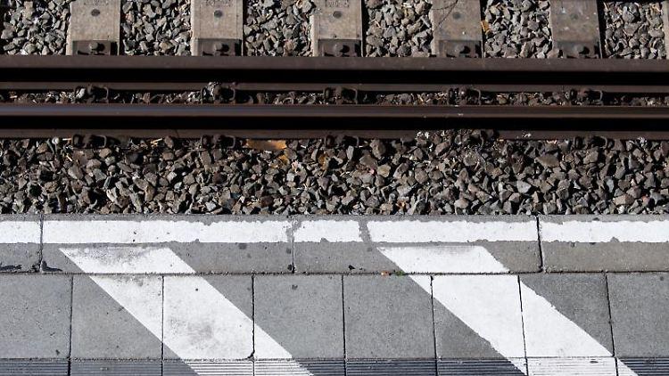 Ein Bahnsteig an der S-Bahn Stammstrecke aufgenommen an der Haltestelle Hackerbrücke. Foto: Sven Hoppe/Archivbild