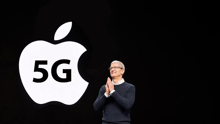 Apple-iPhone-5G-Tim-Cook-kwe.jpg