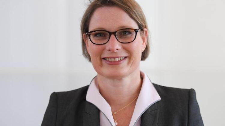 Die rheinland-pfälzische Bildungsministerin Stefanie Hubig. Foto: Arne Dedert/Archivbild