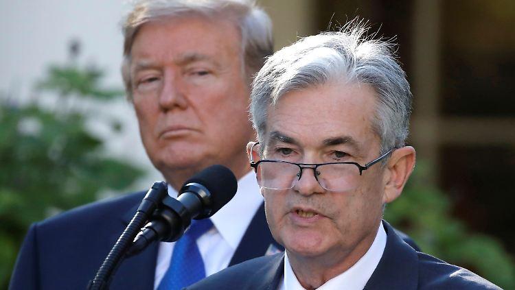 Trump Powell.jpg