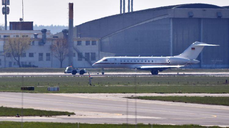 Flughafen Berlin: Luftwaffen-Jet schrammte knapp am Unglück vorbei