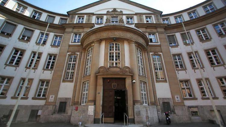 Das Landgericht und Amtsgericht in Frankfurt am Main. Foto: Fredrik von Erichsen/Archivbild