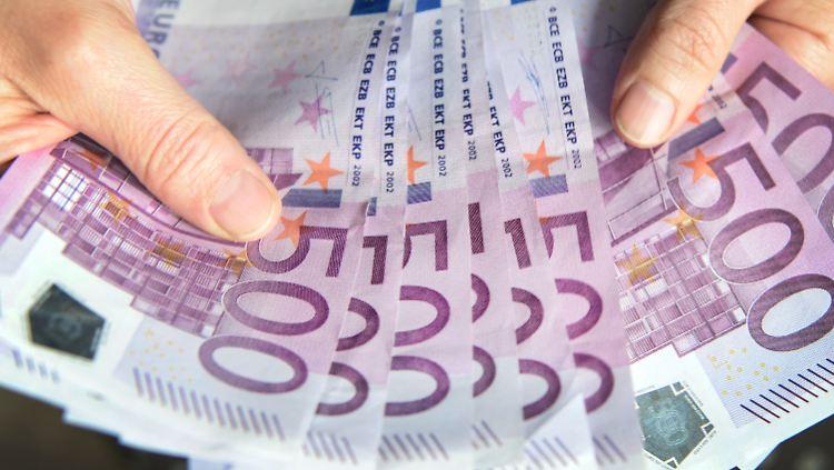 500-Euro-Schein wird bald nicht mehr ausgegeben!