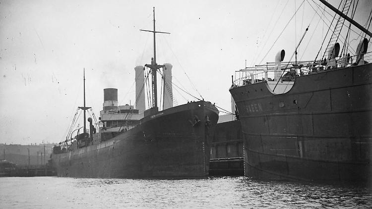 03 SS Iron Crown alongside SS Hagen (Supplied National Library of Australia).JPG