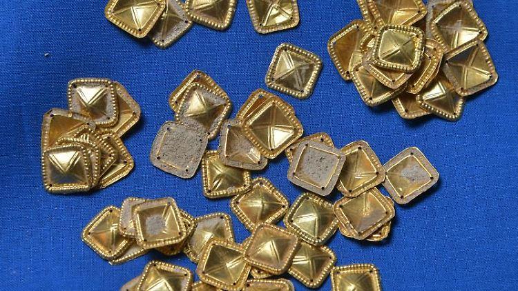 Goldene Schmuckstücke aus dem