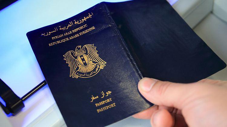 Deutsche Asylbehörde stoppte Bescheide für Großteil der Syrer