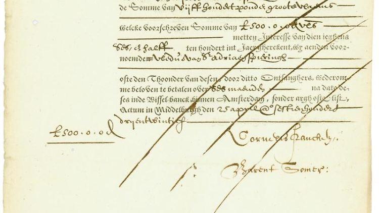 Die Reproduktion zeigt eine Anleihe der Niederländischen Ostindien-Kompanie aus dem Jahr 1623. Foto: Matthias Schmitt