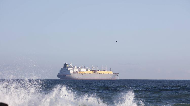 Krise - Emirate melden Angriff auf vier Handelsschiffe