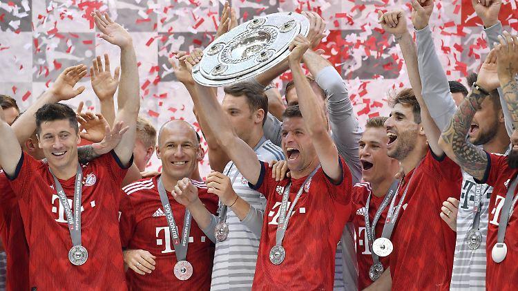 Autokorso bis Montagmorgen?:BVB kämpft für Meister-Coup