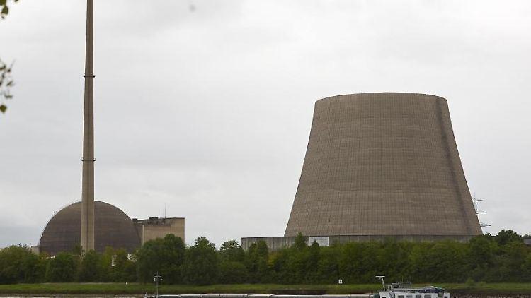 Der Kühlturm des Kernkraftwerks Mülheim-Kärlich. Foto: Thomas Frey/Archivbild