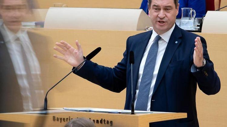 Markus Söder (CSU), Ministerpräsident von Bayern, spricht im bayerischen Landtag während einer Plenarsitzung. Foto: Sven Hoppe