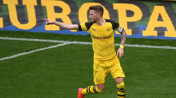 Marco Reus von Dortmund jubelt. Foto: Patrick Seeger/Archiv