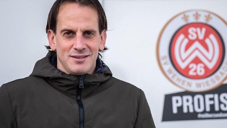 Rüdiger Rehm, Trainer des SV Wehen Wiesbaden. Foto: Silas Stein/Archivbild