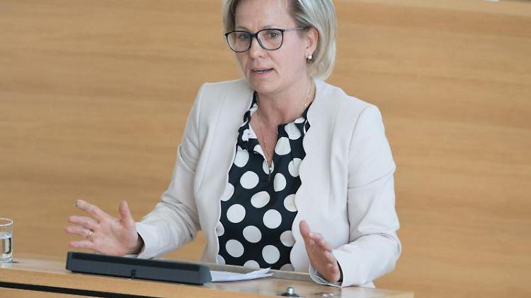 Sachsens Gesundheitsministerin Barbara Klepsch (CDU). Foto: Sebastian Kahnert/Archivbild