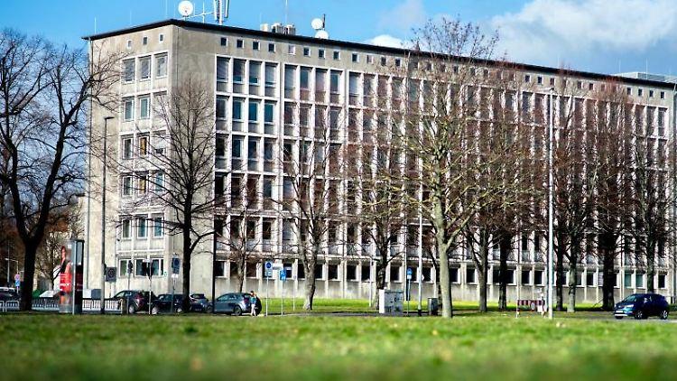 Das niedersächsische Ministerium für Inneres und Sport an der Lavesallee in Hannover. Foto: Hauke-Christian Dittrich/Archivbild