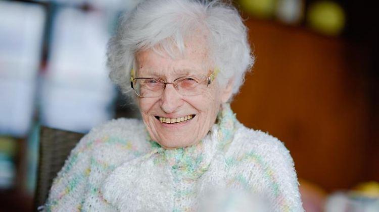 Die 100-jährige Lisel Heise. Foto: Uwe Anspach/Archivbild