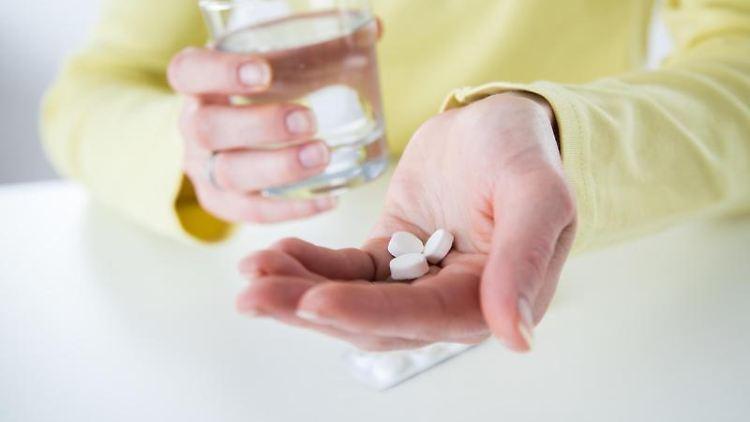 Bessere Stimmung, weniger Schlafstörungen:Antidepressiva können Symptome einer Depression verbessern. Foto: Christin Klose/Archiv