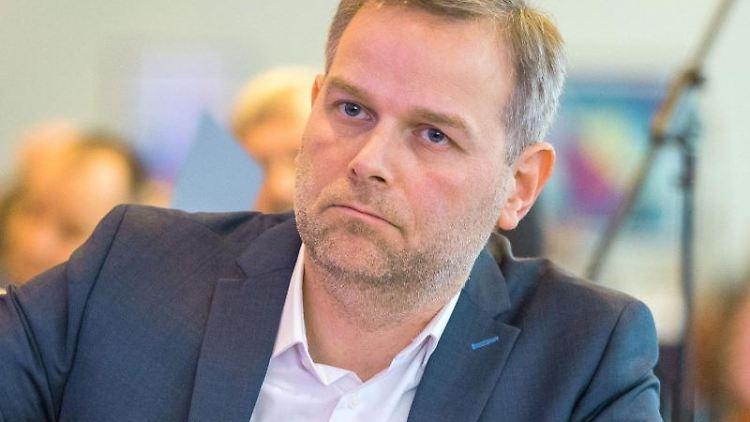 Der AfD-Landeschef in Mecklenburg-Vorpommern, Leif-Erik Holm. Foto: Jens Büttner/Archivbild