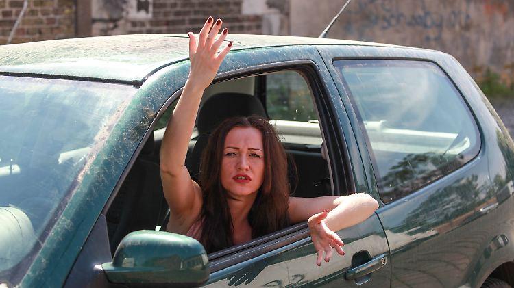 Wütende Autofahrerin.jpg