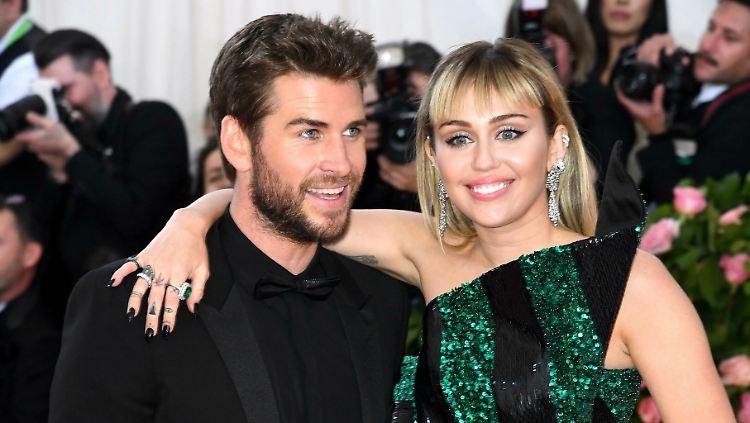 Miley Cyrus: Gerüchte um Trennung von Liam Hemsworth sind totaler Quatsch