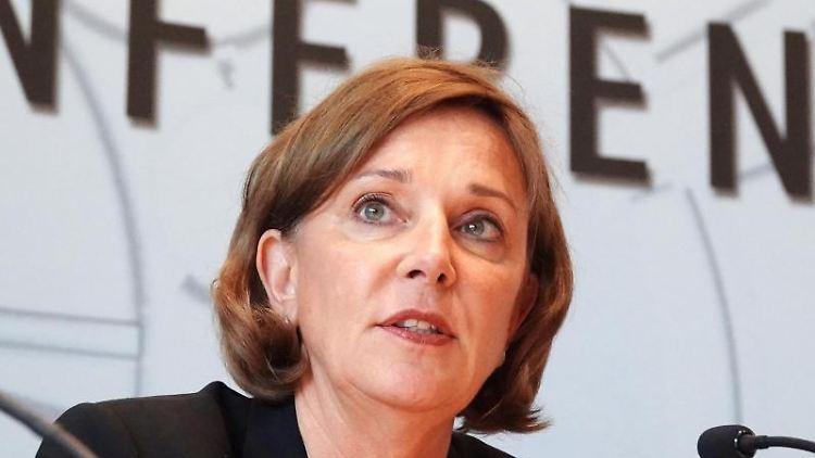 Yvonne Gebauer (FDP), Schulministerin des Landes Nordrhein-Westfalen. Foto:Johannes Neudecker/Archivbild