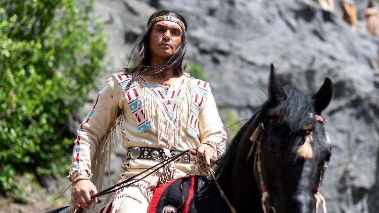 Jean-Marc Birkholz als Winnetou. Foto: Marius Becker