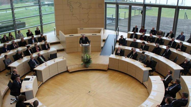 Der Landtag von Schleswig-Holstein in Kiel. Foto: Matthias Hoenig/Archiv