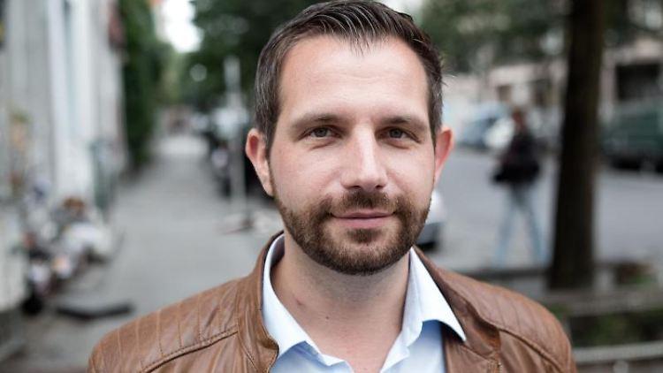 Der Berliner SPD-Politiker Tom Schreiber. Foto: Jörg Carstensen/dpa/Archiv