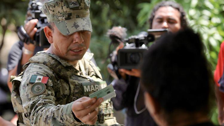 Mexiko schickt 15.000 Soldaten und Polizisten an US-Grenze
