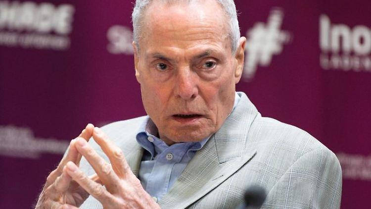 Schauspieler Dieter Laser. Foto: Swen Pförtner/Archivbild