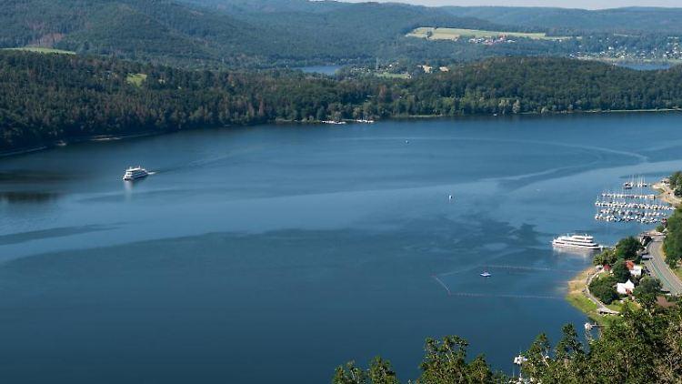 Neue Regeln für Wasserabgabe des Edersees werden getestet. Foto: Swen Pförtner
