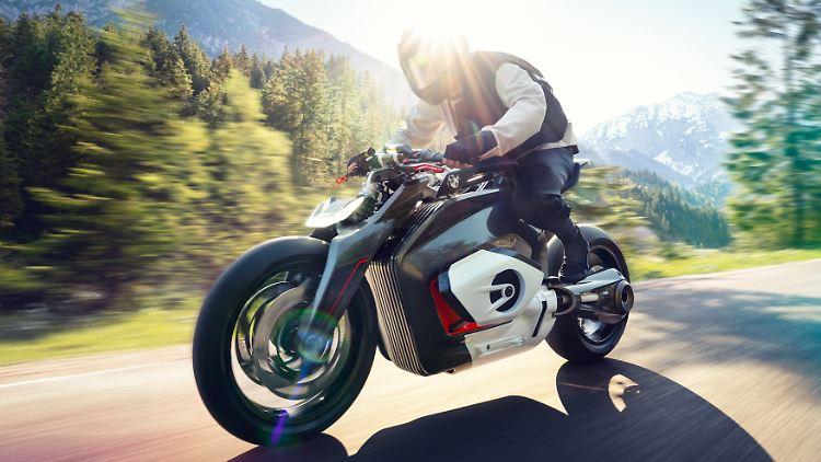 BMW_Motorrad_Vision_DC_Roadster_01.jpg