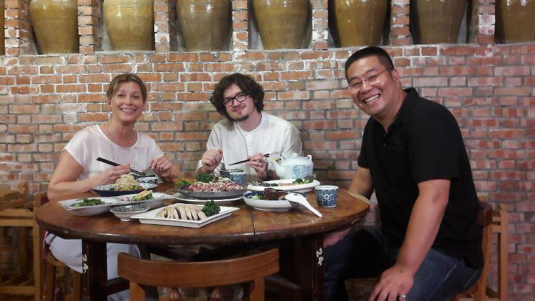 Genuss traidioneller Taiwanesischer Küche.jpg