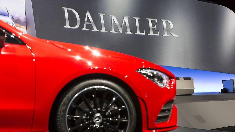 Deutschland - Daimler senkt Erwartungen nach Minus-Quartal erneut deutlich